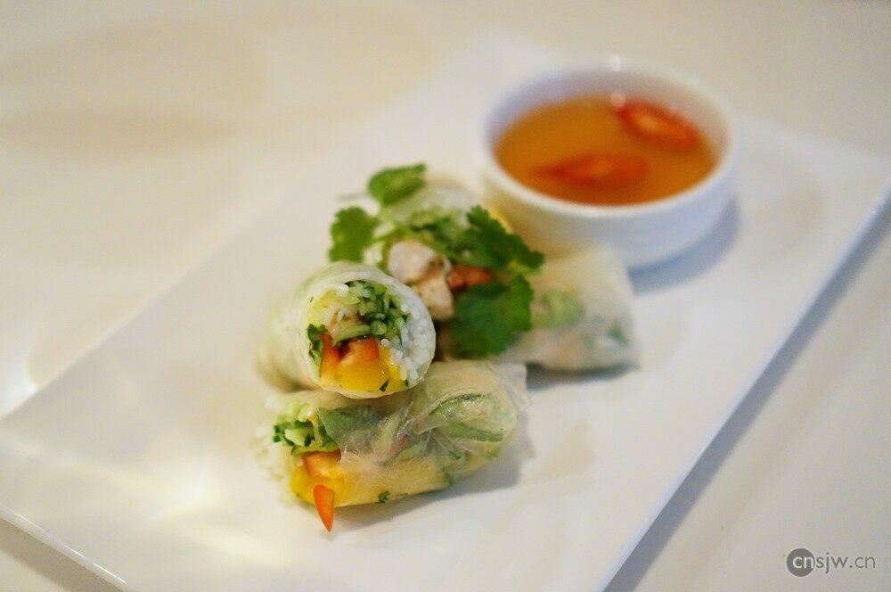 越南鲜虾芒果春卷